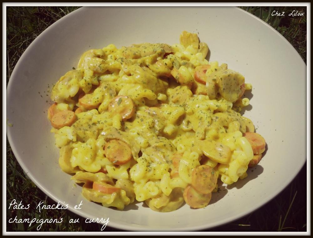 pates-knacki-champignons-curry